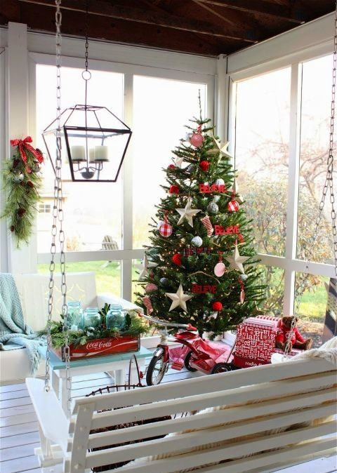 decorate your sunroom for the holidays